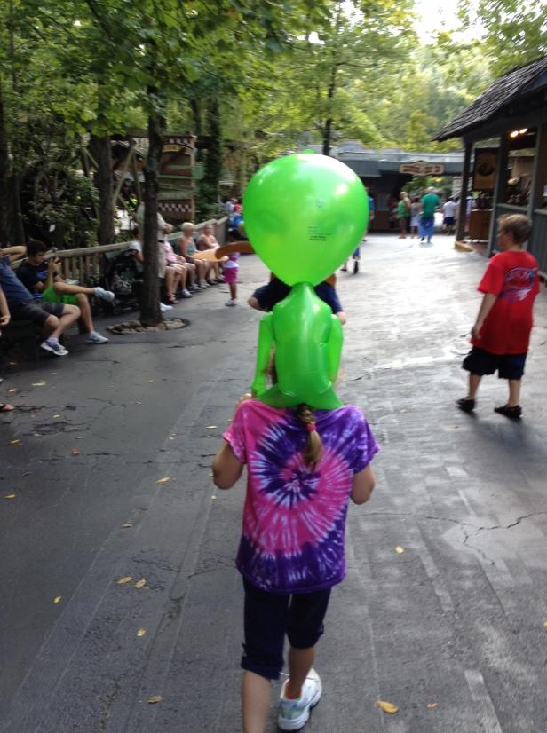 Aliens like piggy-backs too