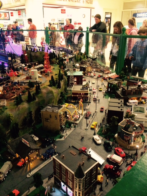 model trains, holidays, Christmas
