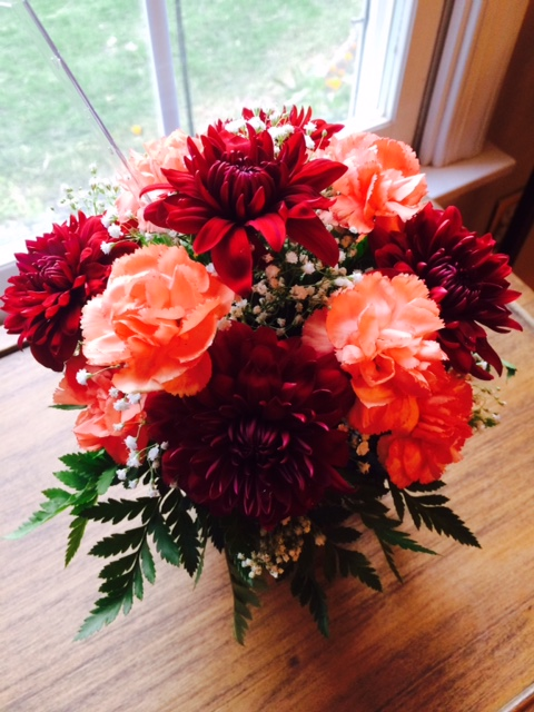 """I perhaps owe having become a painter to flowers."" - Claude Monet ""I always like to have flowers on the table. I think they make it look special."" -Ina Garten My older daughter made this bouquet in her Ag Science class. I love that class. Assignments are often practical, hands-on, and creative. This project was part of their floriculture unit."
